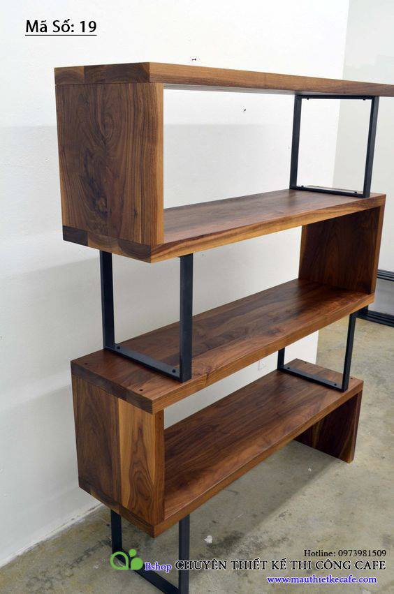 Khung đỡ đồ tấm gỗ dài bậc thang