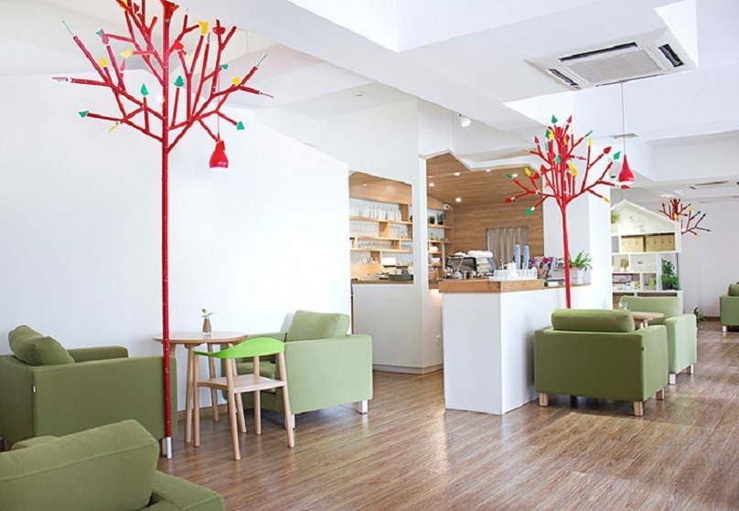 thiet-ke-quan-cafe-vuon-phong-cach-hien-dai-4
