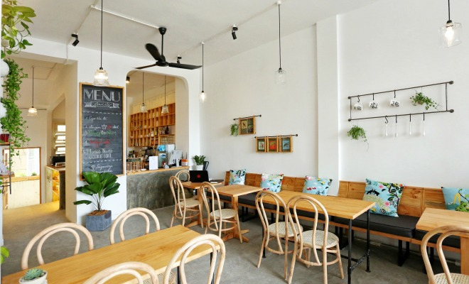 thiet-ke-trang-tri-quan-cafe-02